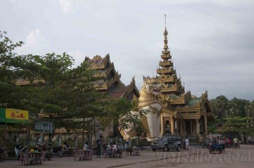 Bago, Templos y Budas 06