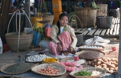 Lago Inle, Mercado de Maing Thauk 04