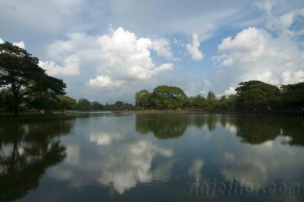 Yangón, lago Kandawgyi