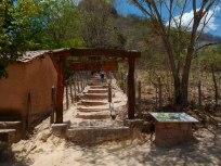 Entrada da trilha para o Pontal de Santa Cruz