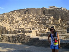Desbravando as ruinas de Huaca Pucllana