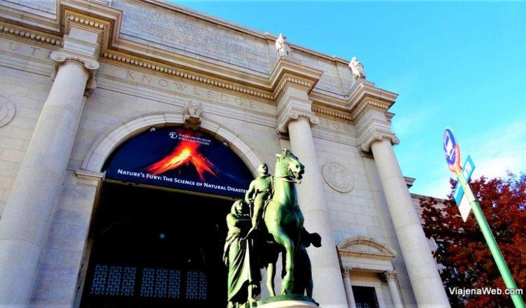 Museu de Nova York - Museu Americano de História Natural - Uma noite no Museu
