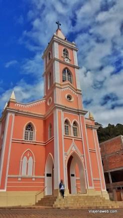 Turismo em Peçanha - Paróquia de Santo Antônio (2)