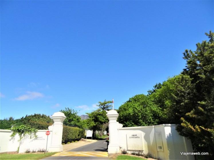 Entrada da vinícola Groot Constancia perto da Cidade do Cabo