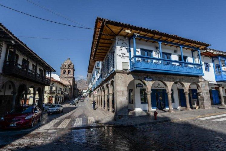 Fachado do hotel Plaza de Armas