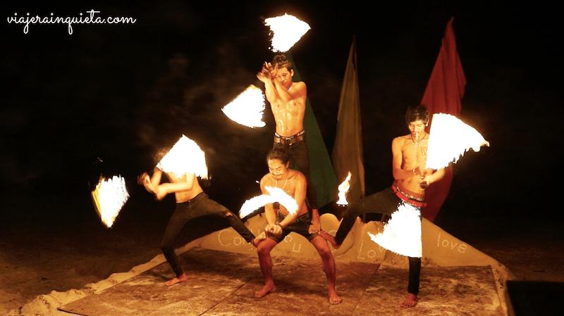 Espectaculo fuego tailandia