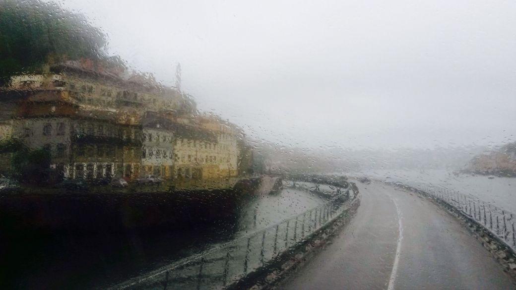 Viajeros Infrecuentes - Oporto bajo la lluvia