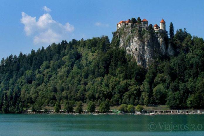 castillo del lago Bled, excursiones de un día desde Eslovenia