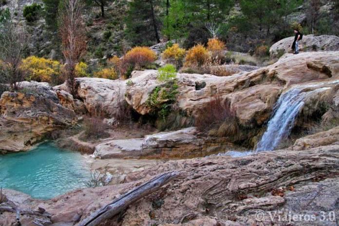 cascadas en las Chorreras del río Cabriel