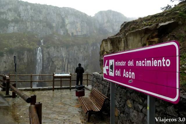 mirador al nacimiento del río Asón