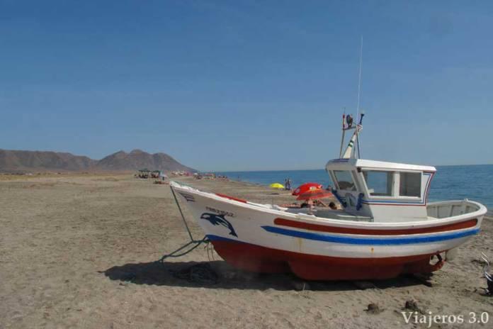 las mejores playas de Cabo de Gata, playa de la Fabriquilla