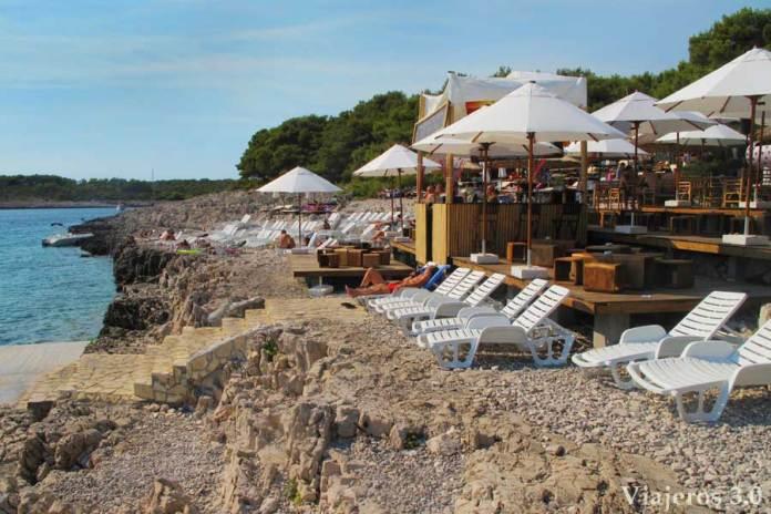 discoteca Carpe Diem en la isla Stipanska
