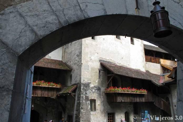 interior del castillo de Chillon