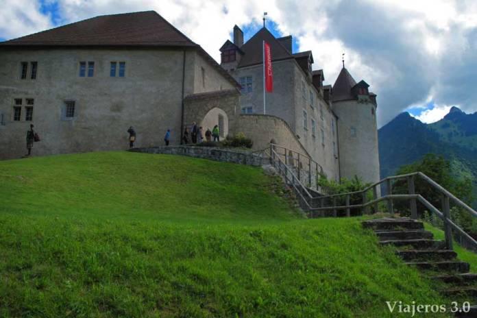 fachada del castillo de Gruyeres
