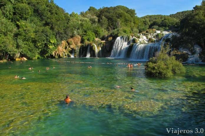 baño en el Parque Nacional de Krka, que hacer y que ver en Croacia