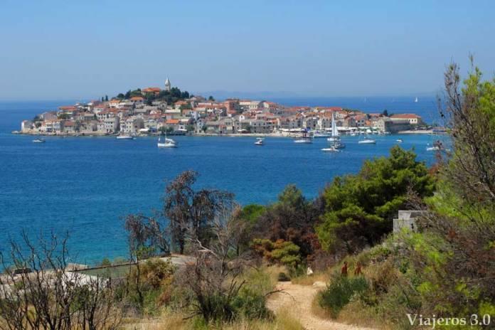 vista de Primosten en Croacia