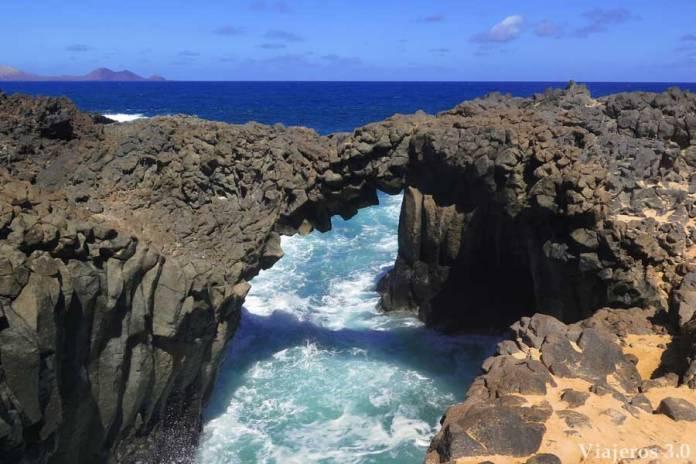 Los Arcos en la isla de La Graciosa