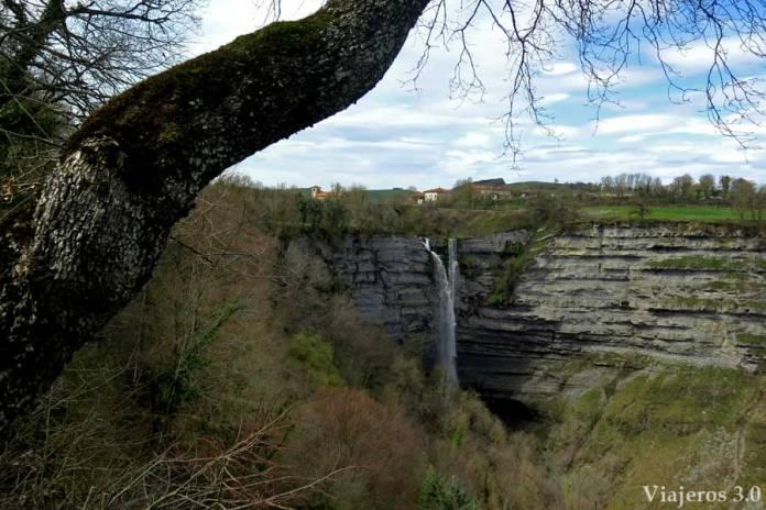 que ver en Gorbea, cascada de Gujuli