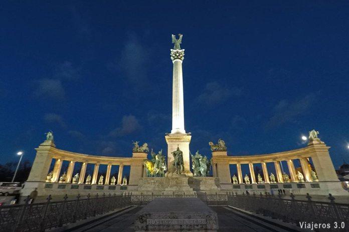 plaza de los Héroes, qué ver en Budapest