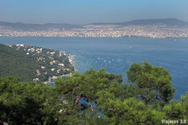 Vista de Estambul desde las islas Príncipe