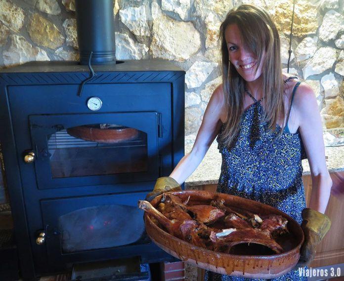 Rebeca Serna de Viajeros 3.0, el mejor lechazo de Burgos