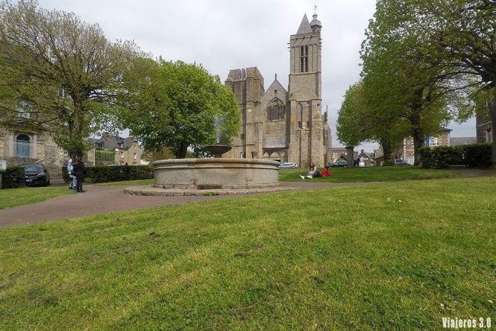 catedral de Dol-de-Bretagne, ruta por la Bretaña francesa en 4 días