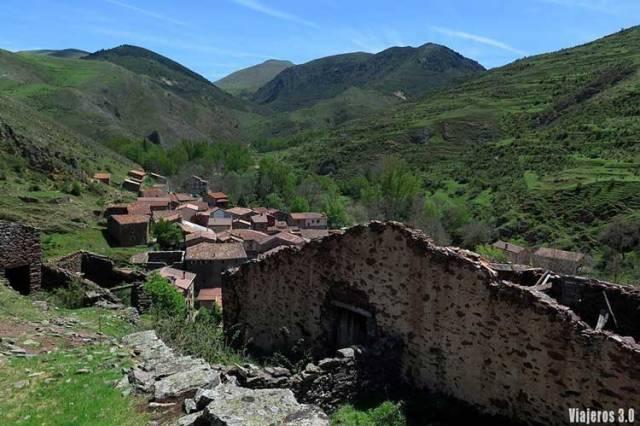 Vista panorámica de Viniegra de Arriba, las 7 Villas