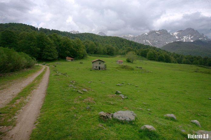 Vegabaño, senderismo en el Valle de Sajambre