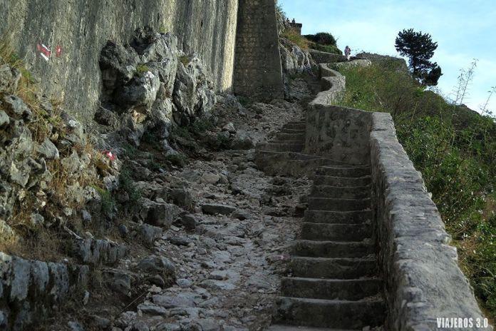 murallas de Kotor, ruta por la Bahía de Kotor