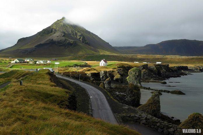 Arnastapi, viajar a Islandia en septiembre