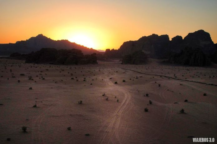 atardecer Wadi Rum, ruta por Jordania en una semana