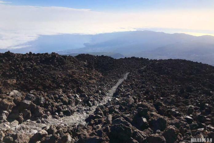 Sendero de ascenso al Teide