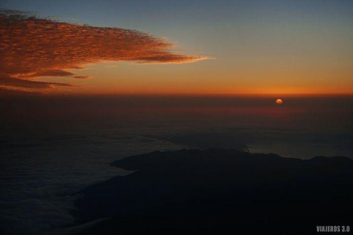 amanecer en el pico del Teide en Tenerife