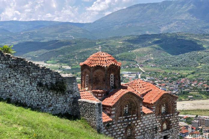 Itinerarios, viajar a Albania por libre