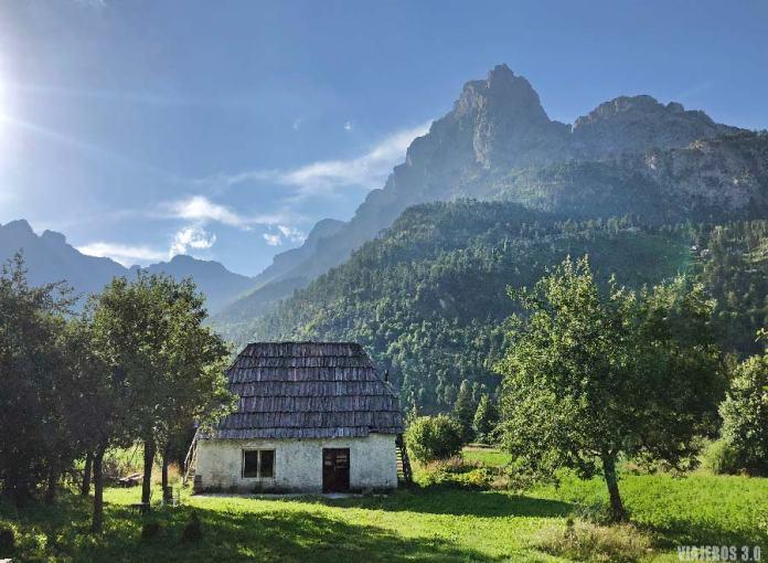 Parque Nacional del valle de Valbona, en los Alpes albaneses.