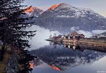 Atardecer en Eidfjord, Noruega.