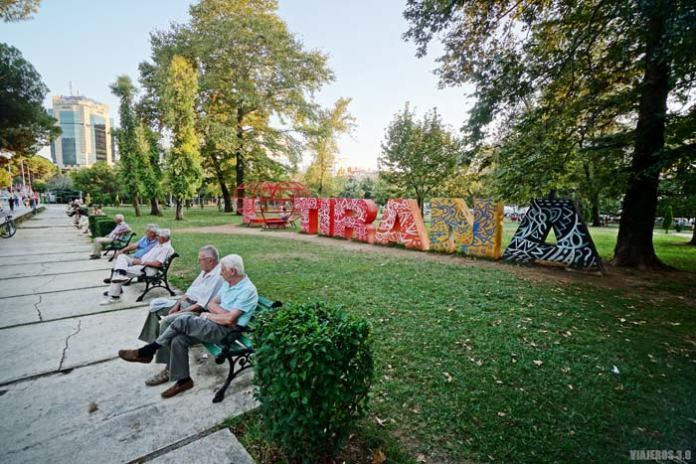 Tirana, capital de Albania