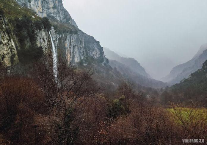Nacimiento del río Asón en el Valle de Soba