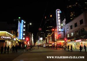 Hastings Street. Vancouver, British Columbia. Canadá. Capilano