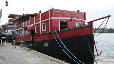 Dónde dormir y alojamiento en Estocolmo (Suecia) - The Red Boat Malaren. ViajerosAlBlog.com