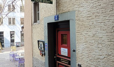 Photo of Dónde dormir y alojamiento en Zurich (Suiza) – City Backpacker Hotel Biber.