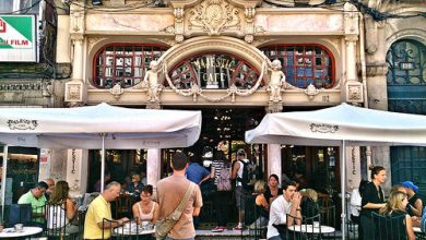 Photo of Dónde comer y gastronomía en Oporto (Portugal) – Majestic Café Oporto.