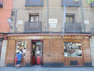 5 lugares y rincones desconocidos y secretos de Madrid - Vol. 1. Restaurante Botín: el restaurante más antiguo del mundo está en Madrid.