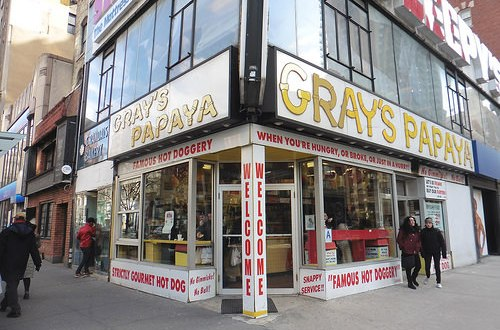 Dónde comer y gastronomía en Nueva York Vol. 1: hot dogs (perritos calientes), hamburguesas y pizzas. ViajerosAlBlog.com
