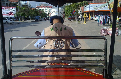 Día 21: Camboya (Siem Reap: Wats Kaseram, Thmei, Prasat Preah y Bo, Residencia Real, Jardín Real y Loto, mercadillos y Bar Street, etc). ViajerosAlBlog.com
