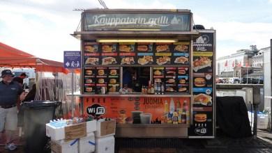 Dónde comer y gastronomía en Helsinki Finlandia Comida rápida Kauppatorin Grilli_ViajerosAlBlog.com