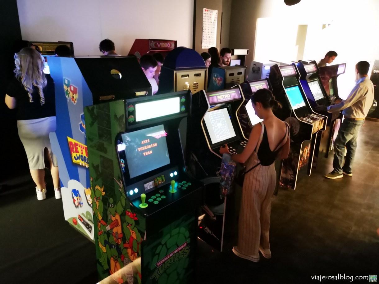 Exposición FANDOME ARCADE EXPERIENCE. Fandome Café & Expo Center. Madrid. Parte 1. Videojuegos, videoconsolas, arcade, retro.