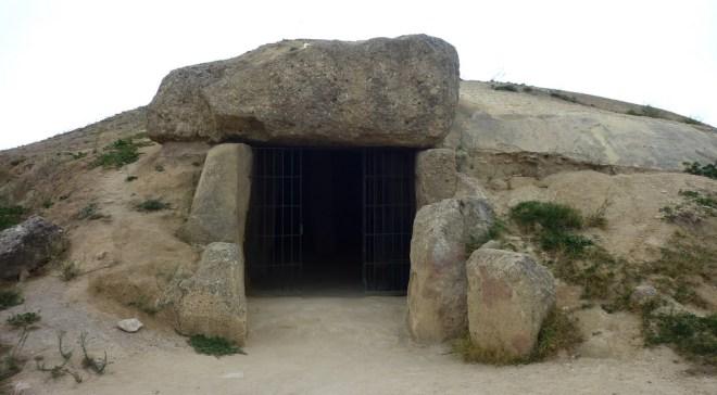 Dolmen de Menga, Antequera, Andalousie - UNESCO inscribe 9 Nuevos Sitios de Patrimonio