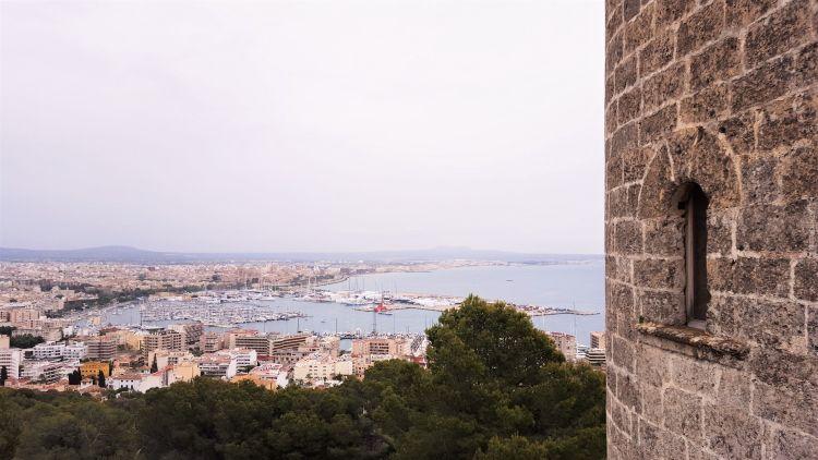 vistas de Palma de Mallorca desde castillo de Bellver