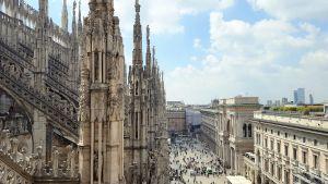 Vistas desde la terraza del Duomo de Milán